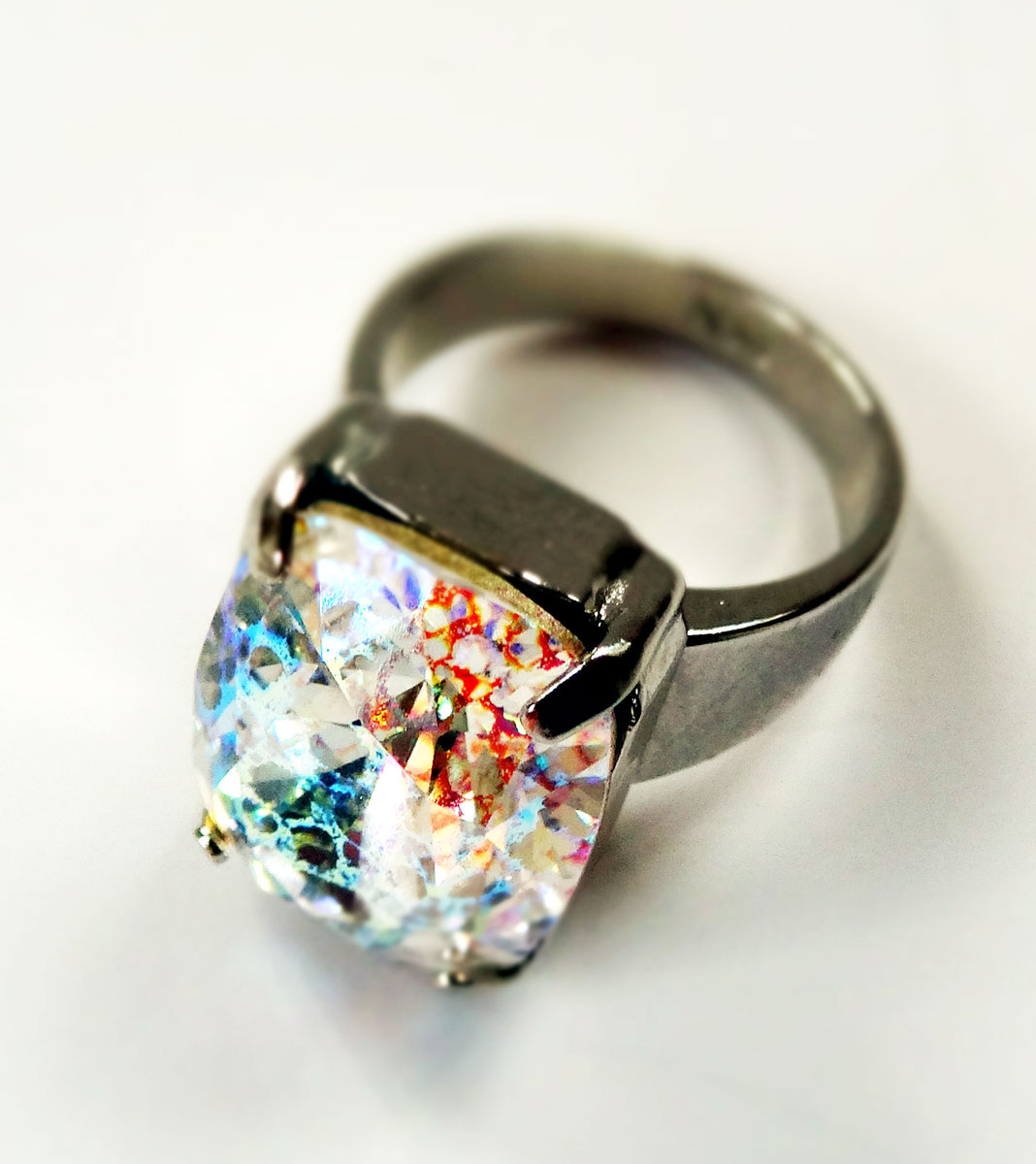 ring-crystal