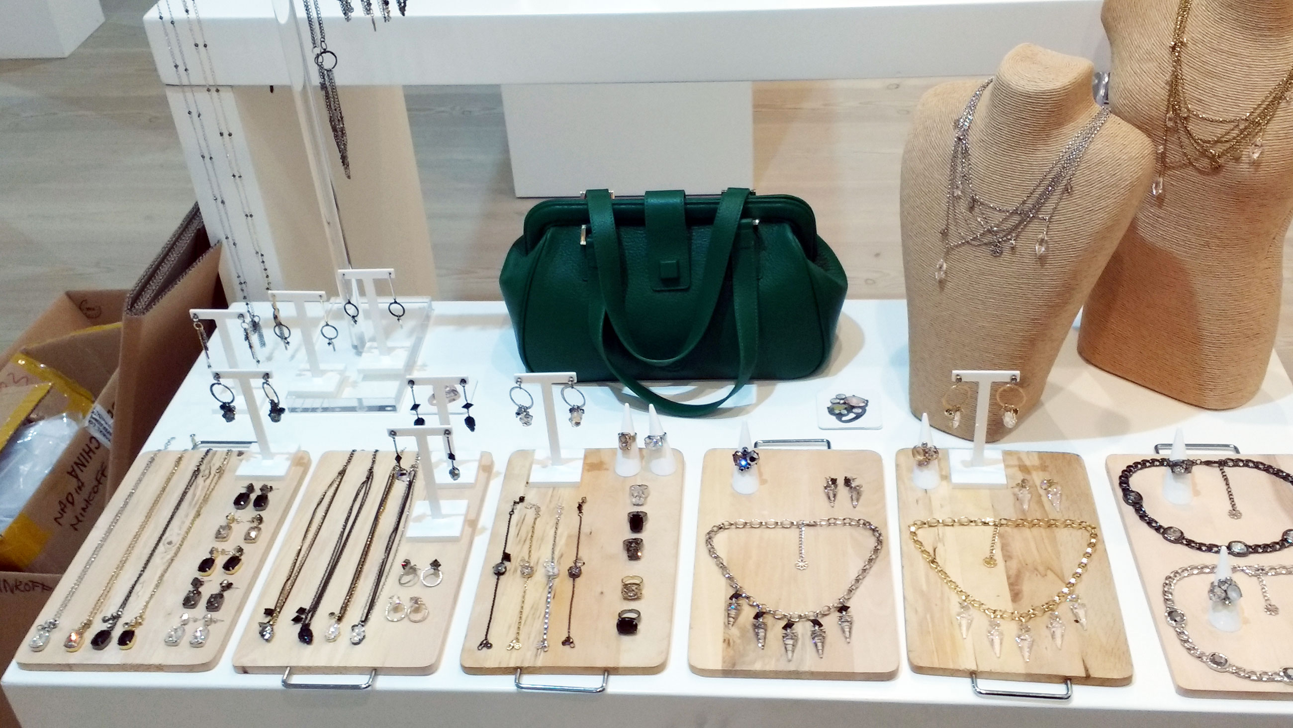 jewellery-on-stand