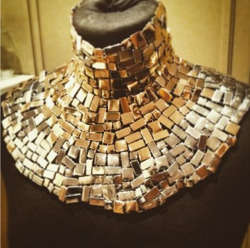 mosaic-collar