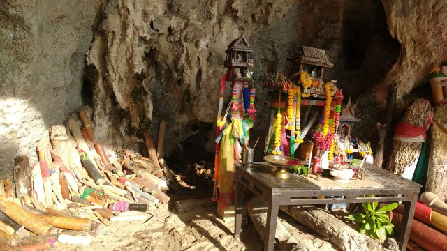 fertility-cave